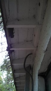 Exposed soffits showing leaks